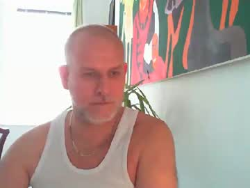 mojomd record video with dildo from Chaturbate.com