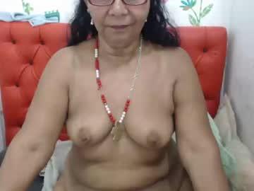 supermilf39 public webcam from Chaturbate.com