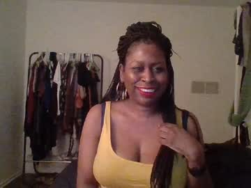luckylorie private show video from Chaturbate.com
