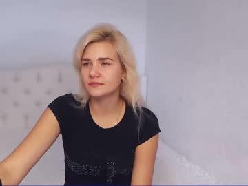 ellafayne webcam video from Chaturbate