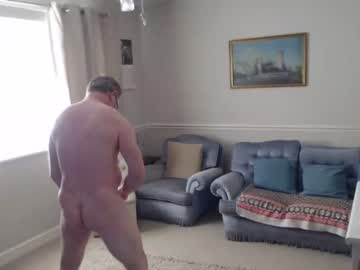 lifemodelmale65 show with toys