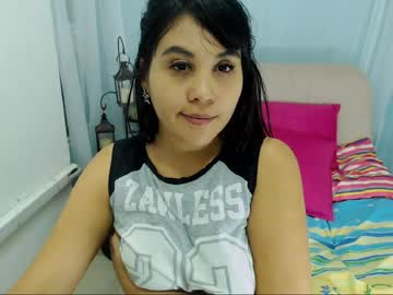 katia_jhons chaturbate show with toys