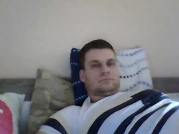 09bob099 show with toys from Chaturbate