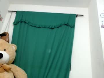 kristalkatty webcam show from Chaturbate