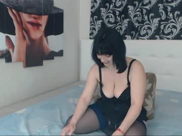 annettebeauty premium show video from Chaturbate.com