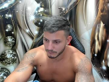 travissholden record video with toys from Chaturbate