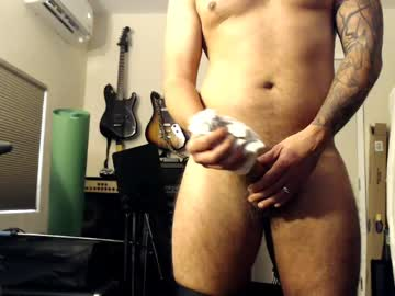 black_vinyl_blues record show with cum from Chaturbate.com