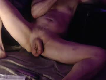 1gtxman record public show video from Chaturbate.com