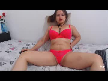 isabella_77 record public show video from Chaturbate.com