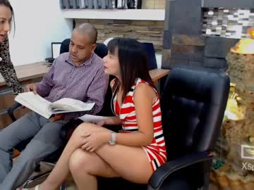 harvey_and_angie record webcam video from Chaturbate.com