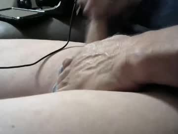 mikey_b_hard record video from Chaturbate.com