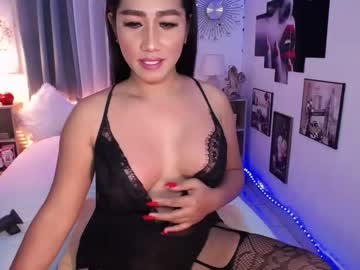 topnaughtyfucker public show video