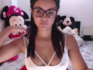 victoria_dolf chaturbate private show