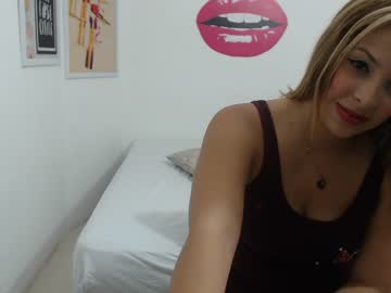 madelineross cam show from Chaturbate.com