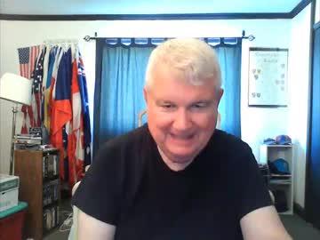 caliguy20 webcam video from Chaturbate.com