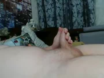 russkiihui1231 webcam video from Chaturbate.com