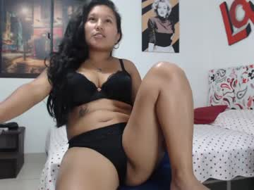 julyahot1 private sex show from Chaturbate.com
