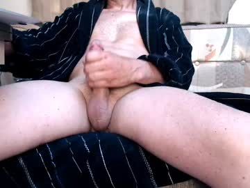 btmboilikesraw private XXX show from Chaturbate.com