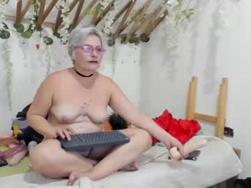 sexyeni20 public show video from Chaturbate