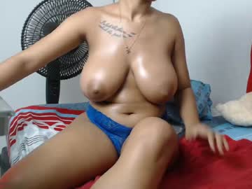 hornyholly45 record public webcam from Chaturbate.com