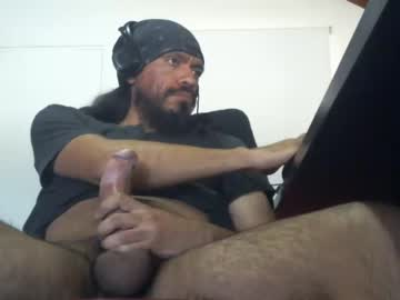 kiltro_27 private show from Chaturbate