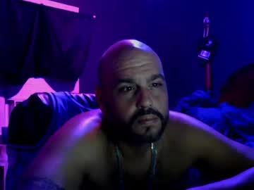 muffdiver718 public show video from Chaturbate