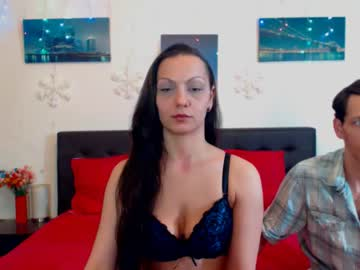 0hnaughtycouple record webcam video from Chaturbate.com