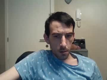 belgianboy33 record public webcam video from Chaturbate.com