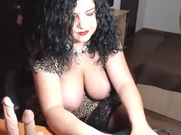 loverwish public show video from Chaturbate.com