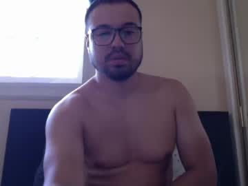 izzyboy19 public show from Chaturbate