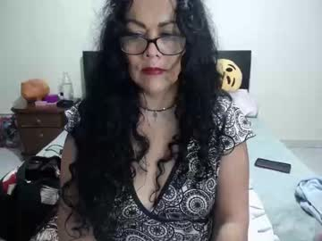 00valeriasexxx record cam show from Chaturbate