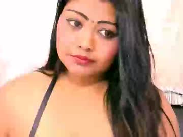indianivy2 record public show video from Chaturbate.com