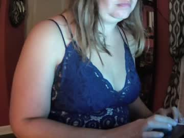 naughtytruckerwife record cam show from Chaturbate.com