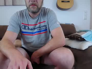 biguncut19x6 record video with toys