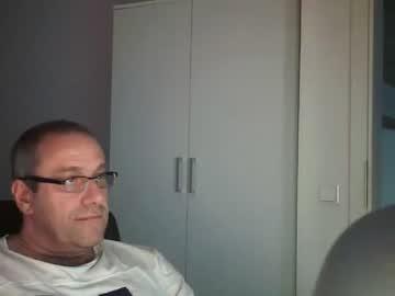 jokelchen webcam video from Chaturbate.com