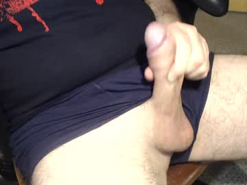 01chris01 public show from Chaturbate.com