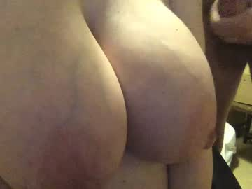 ukwifelover premium show video from Chaturbate