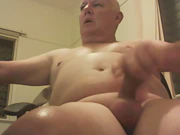 qldcocksucker show with toys from Chaturbate.com