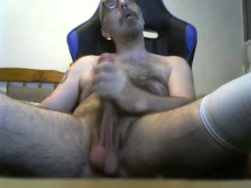 bulllgod blowjob show from Chaturbate