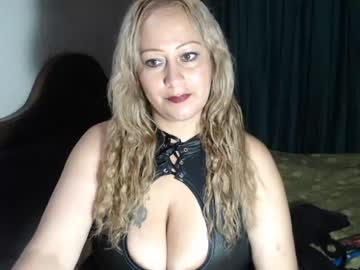 gloriasex159 record public show from Chaturbate