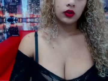 goldtitsbig video with toys from Chaturbate.com