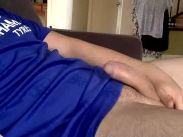 hardaussie21 public show from Chaturbate
