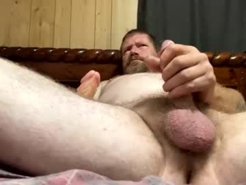 spanky1672 record show with toys from Chaturbate