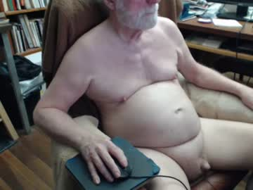 titpuller webcam show from Chaturbate