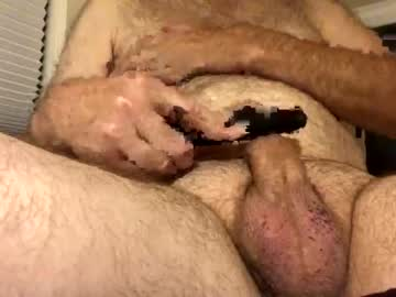 unclebobby1865 cam video from Chaturbate