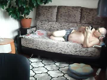 vitycka record video with dildo from Chaturbate