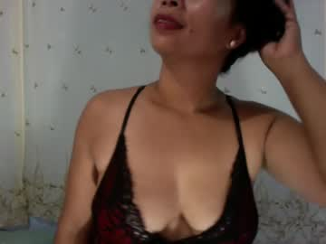 lrlolslal record show with toys from Chaturbate