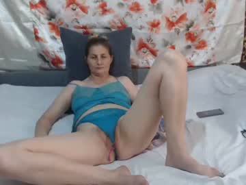 sexyjessyx record video with dildo