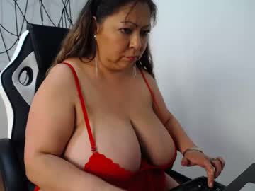 shirleylove10 blowjob show from Chaturbate.com