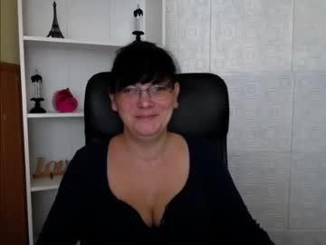melindamay_ chaturbate public show
